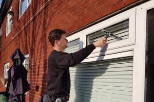 domestic window cleaning leeds